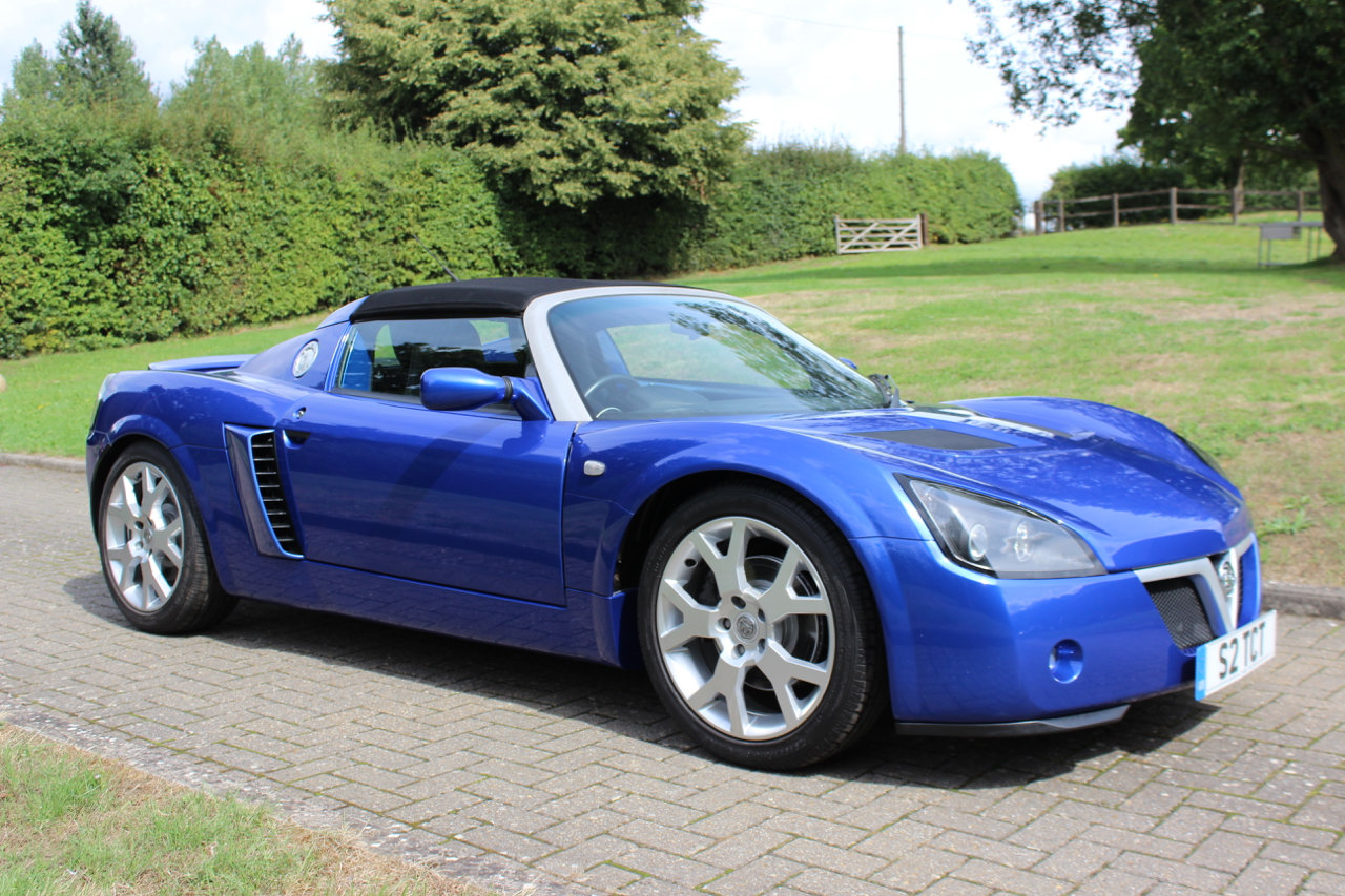 2005 VAUXHALL VX220 TURBO - ONLY 3,965 MILES SOLD (picture 2 of 6)
