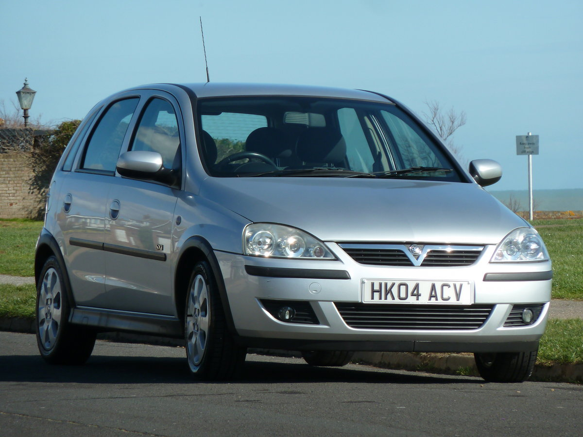 2004 CORSA 1.2 16v SXi 5DR LOW MILEAGE PERFECT FIRST CAR LONG MOT For Sale (picture 2 of 6)