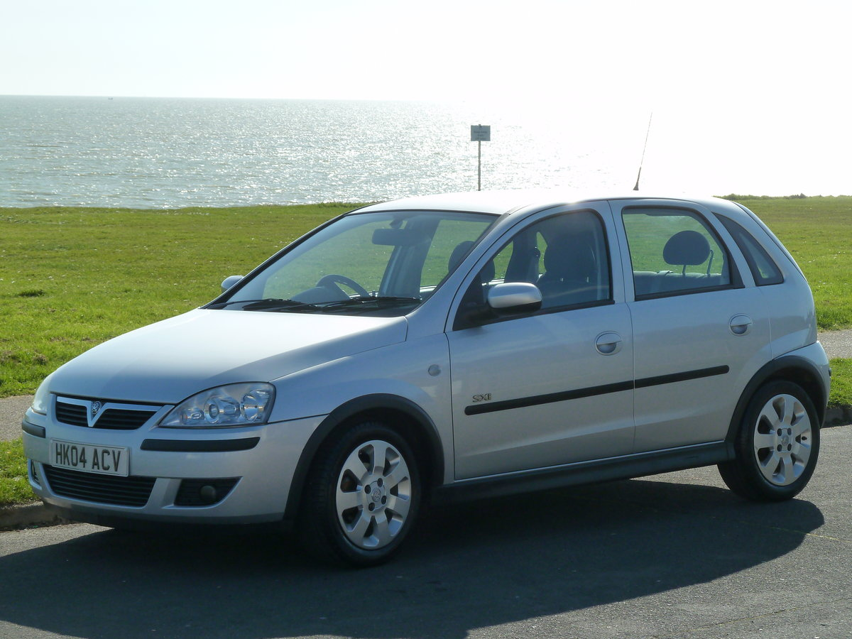2004 CORSA 1.2 16v SXi 5DR LOW MILEAGE PERFECT FIRST CAR LONG MOT For Sale (picture 4 of 6)