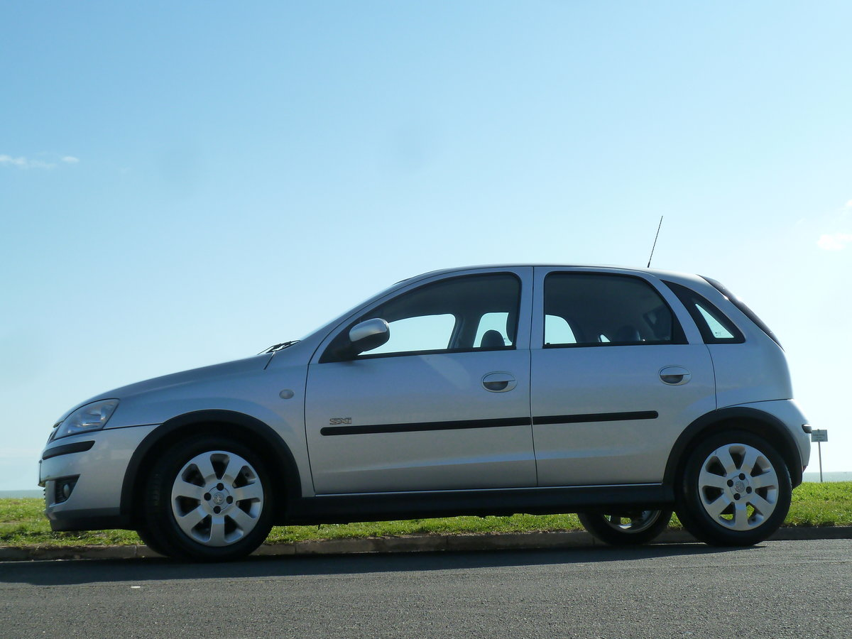 2004 CORSA 1.2 16v SXi 5DR LOW MILEAGE PERFECT FIRST CAR LONG MOT For Sale (picture 5 of 6)
