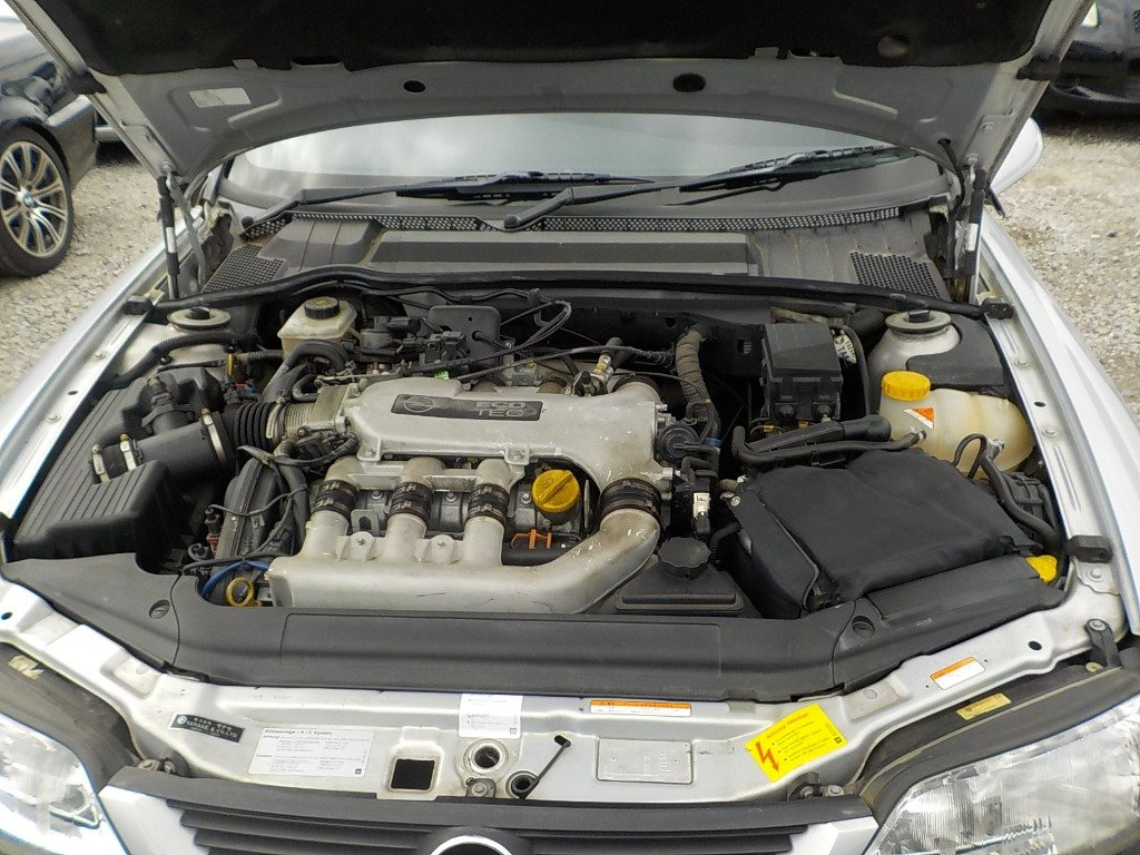 1999 VAUXHALL VECTRA LIMITED EDITION IRMSCHER i500 VECTRA 2.5 V6 For Sale (picture 6 of 6)