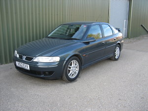 2000 Vauxhall Vectra SRi