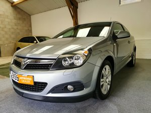 2009 Vauxhall Astra Coupe 1.6 16v Design + New Cambelt & Service