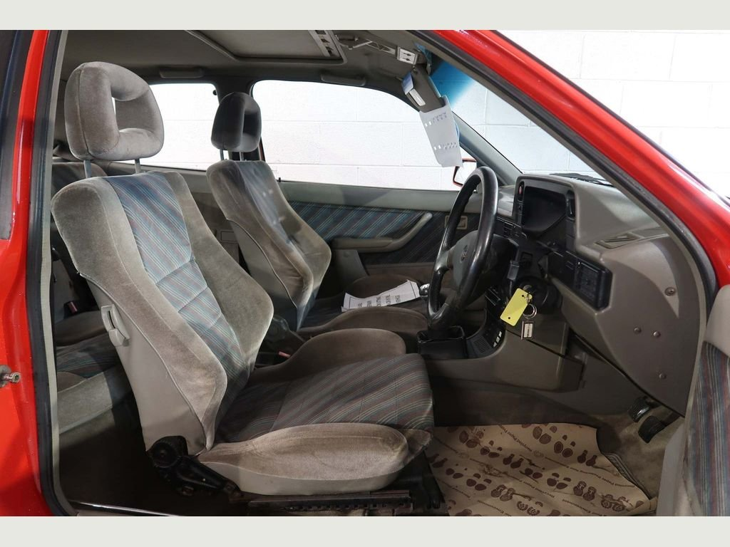 1989 Vauxhall Astra GTE 16v 2.0i SFi RED TOP For Sale (picture 3 of 6)