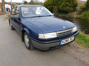 1992 Vauxhall Cavalier 1.6L Hatchback -  only 44,023 miles