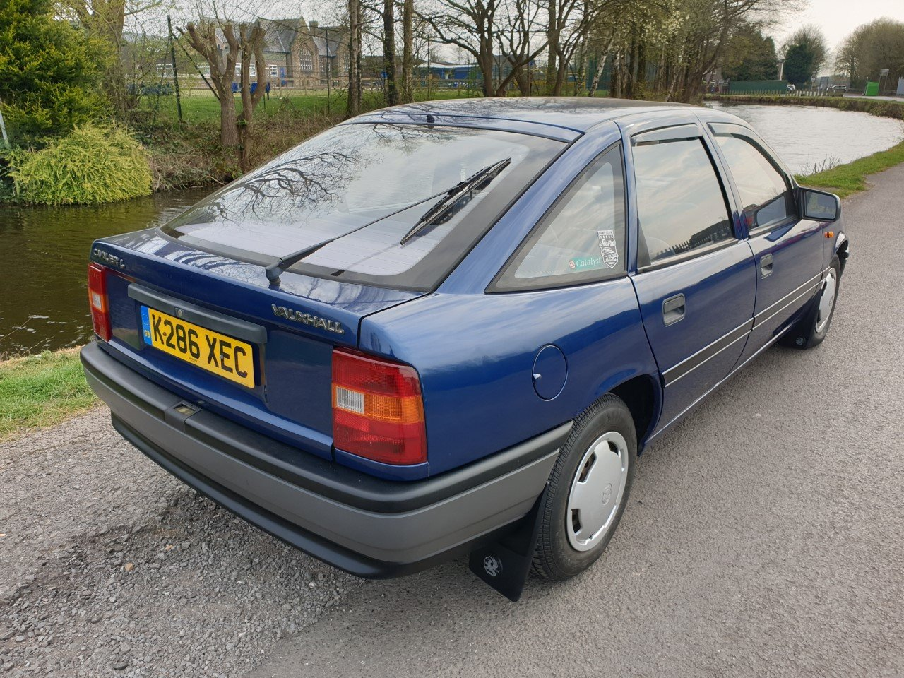 1992 Vauxhall Cavalier 1.6L Hatchback -  only 44,023 miles  For Sale (picture 2 of 6)