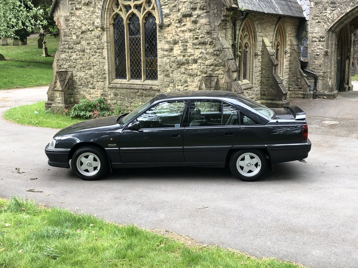 1992 VAUXHALL CARLTON DIPLOMAT 2.0 I AUTO RARE CAR For Sale (picture 2 of 6)