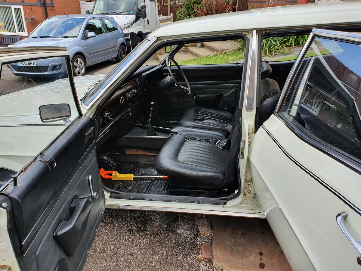 1968 Vauxhall victor 3300sl fd estate For Sale (picture 5 of 5)