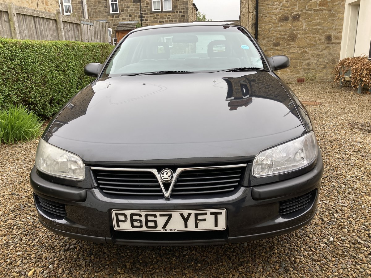 1997 Vauxhall Omega, Only 35K Miles, Rare pre facelift For Sale (picture 3 of 6)