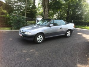 Vauxhall Astra 2.0 Bertone