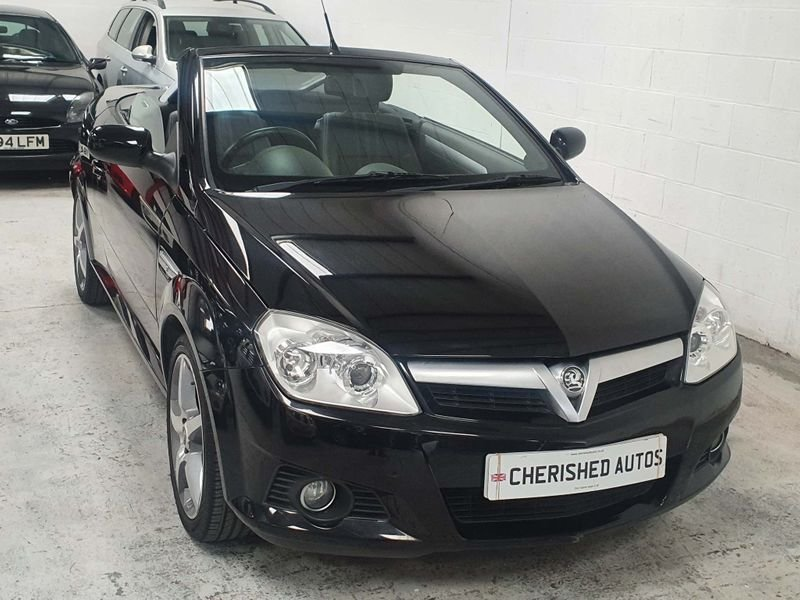 2009 BLACK VAUXHALL TIGRA 1.4 i 16V*GEN 21,000 MILES*EXCLUSIVE For Sale (picture 1 of 6)