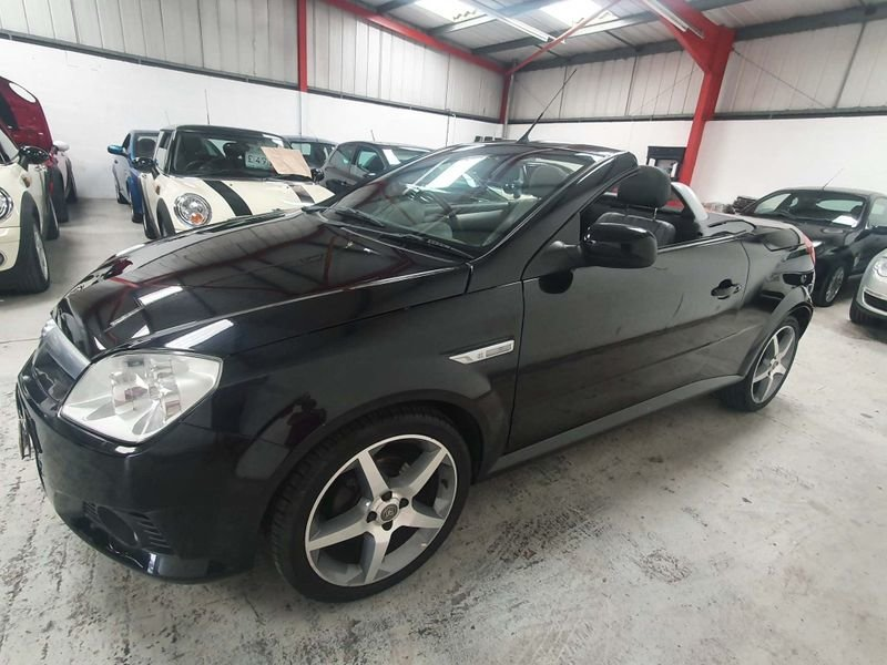 2009 BLACK VAUXHALL TIGRA 1.4 i 16V*GEN 21,000 MILES*EXCLUSIVE For Sale (picture 2 of 6)