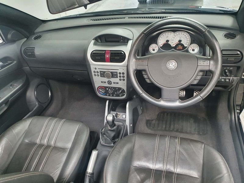 2009 BLACK VAUXHALL TIGRA 1.4 i 16V*GEN 21,000 MILES*EXCLUSIVE For Sale (picture 5 of 6)