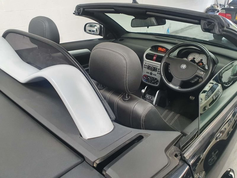 2009 BLACK VAUXHALL TIGRA 1.4 i 16V*GEN 21,000 MILES*EXCLUSIVE For Sale (picture 6 of 6)