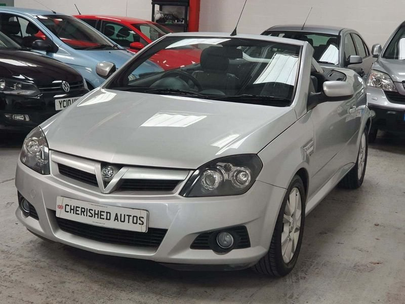 2005 SILVER VAUXHALL TIGRA 1.4 SPORT CARBIOLET*GEN 45,000 MILES For Sale (picture 1 of 6)