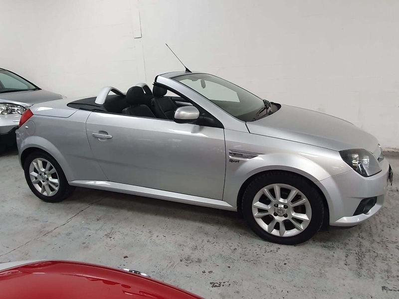 2005 SILVER VAUXHALL TIGRA 1.4 SPORT CARBIOLET*GEN 45,000 MILES For Sale (picture 4 of 6)