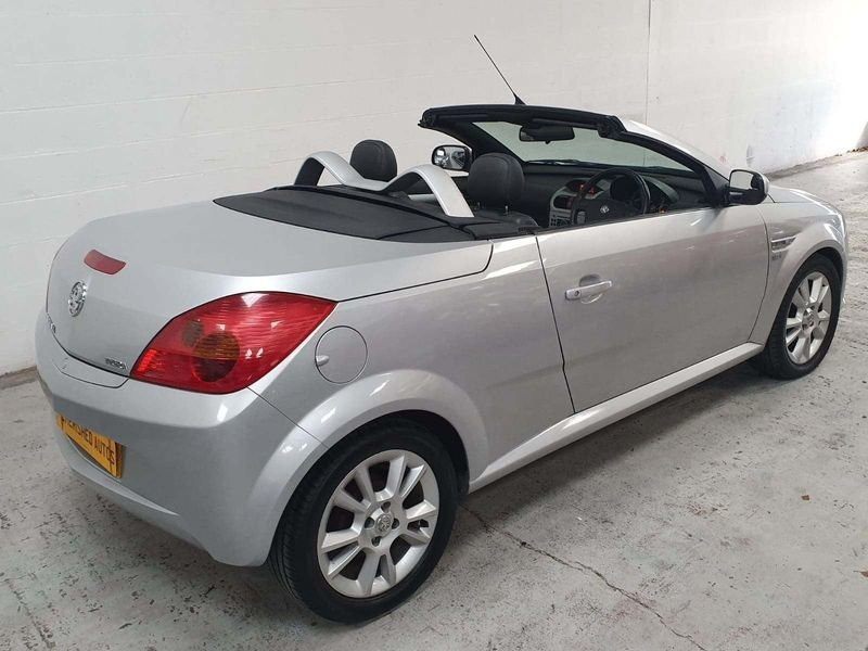 2005 SILVER VAUXHALL TIGRA 1.4 SPORT CARBIOLET*GEN 45,000 MILES For Sale (picture 5 of 6)