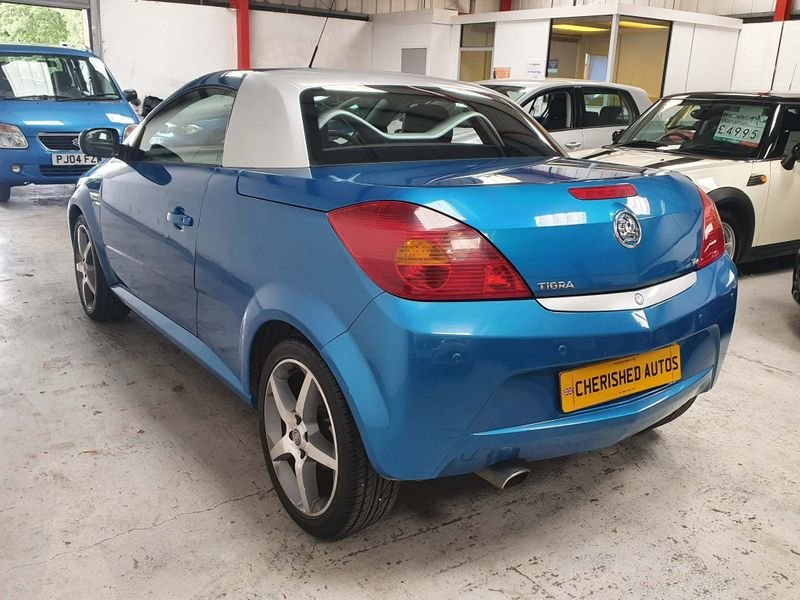 2009 BLUE VAUXHALL TIGRA 1.8 i 16v*GEN 40,000 MILES*EXCLUSIVE For Sale (picture 4 of 6)