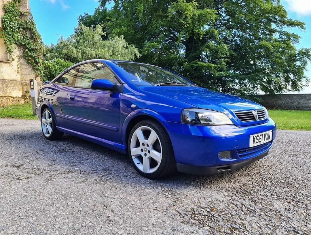 2001 Vauxhall Astra Turbo Coupe For Sale (picture 1 of 6)