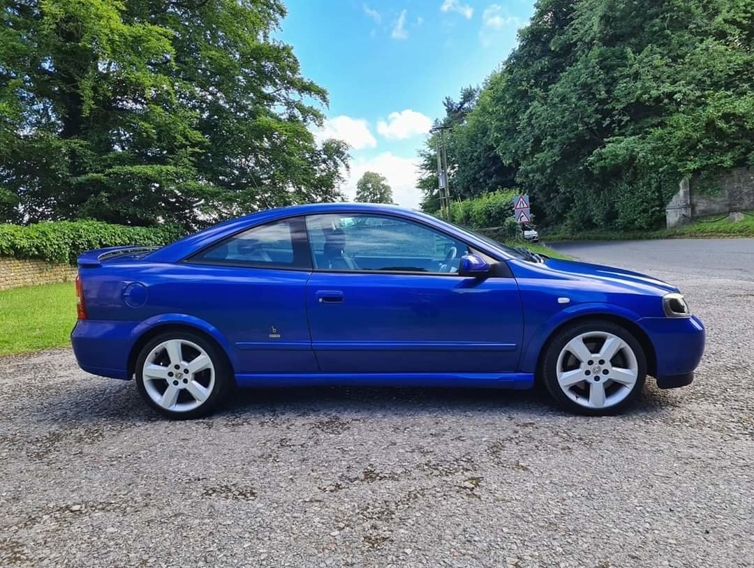 2001 Vauxhall Astra Turbo Coupe For Sale (picture 2 of 6)