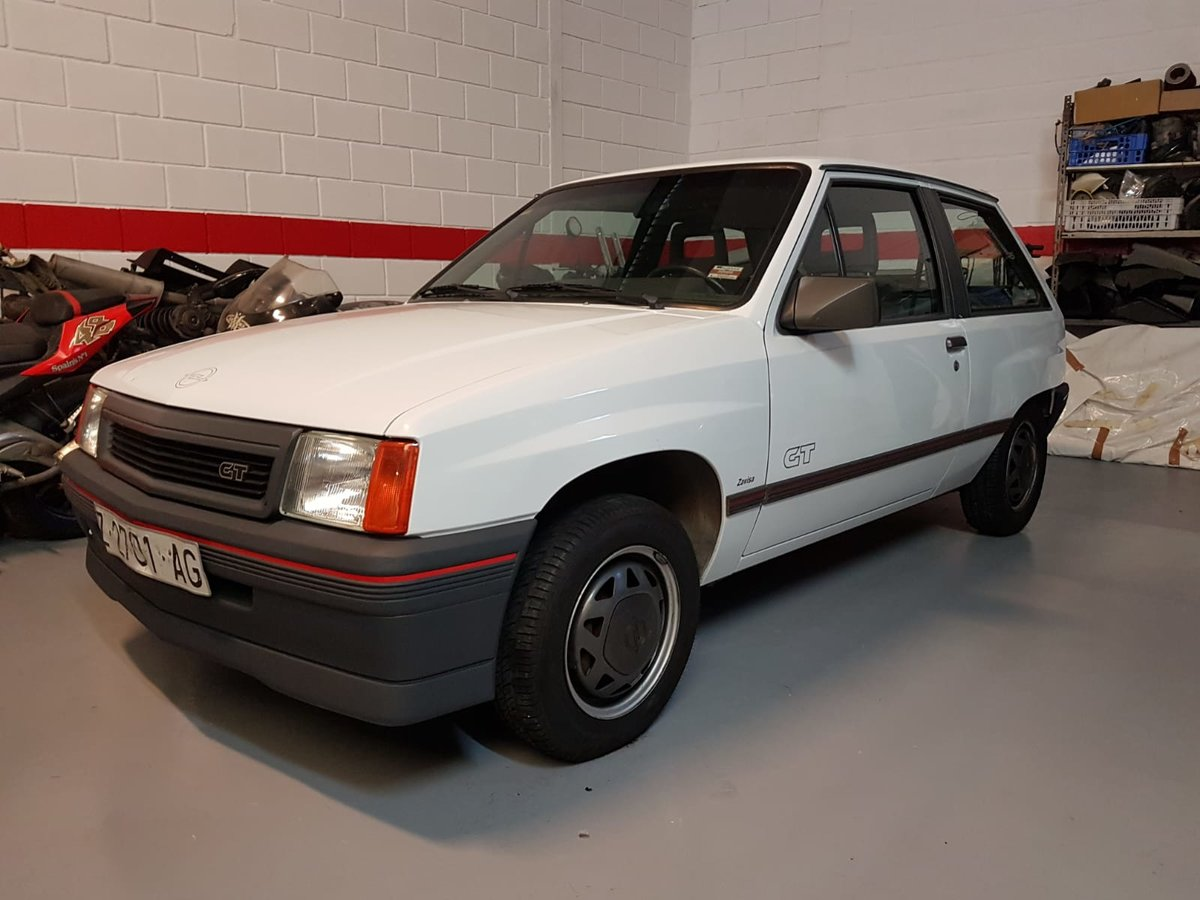 1989 Nova SR/ CORSA GT 1 owner very low miles/ kms LHD For Sale (picture 1 of 3)