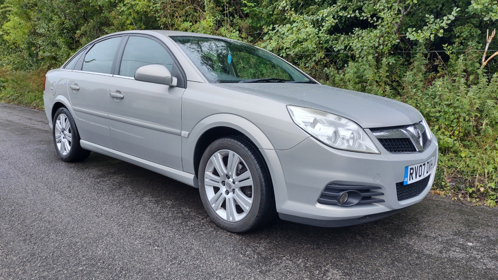 2007 Vectra Exclusive, technician owned, for sale For Sale (picture 2 of 5)
