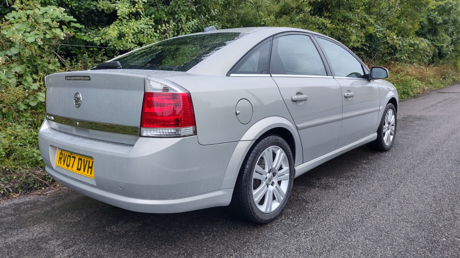 2007 Vectra Exclusive, technician owned, for sale For Sale (picture 3 of 5)
