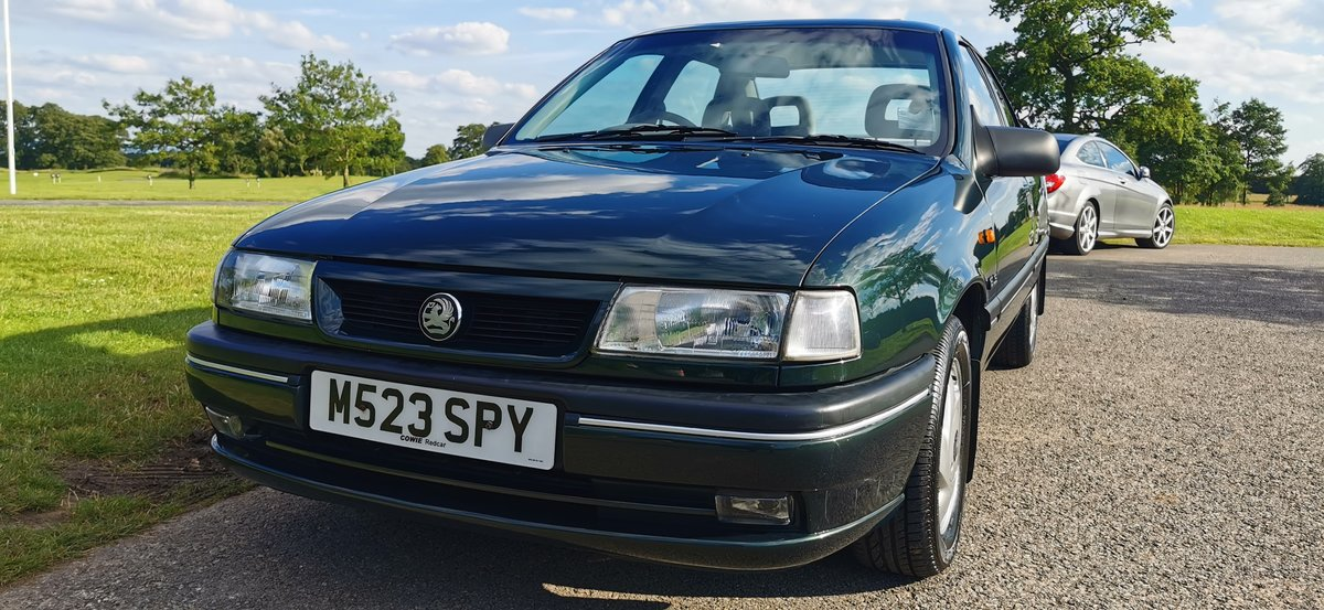 1995 Vauxhall cavalier 1.7 td gls 4dr 52000 miles only For Sale (picture 1 of 6)
