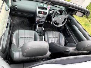 2009 Vauxhall Tigra 1.4i Exclusive Edition - 61k