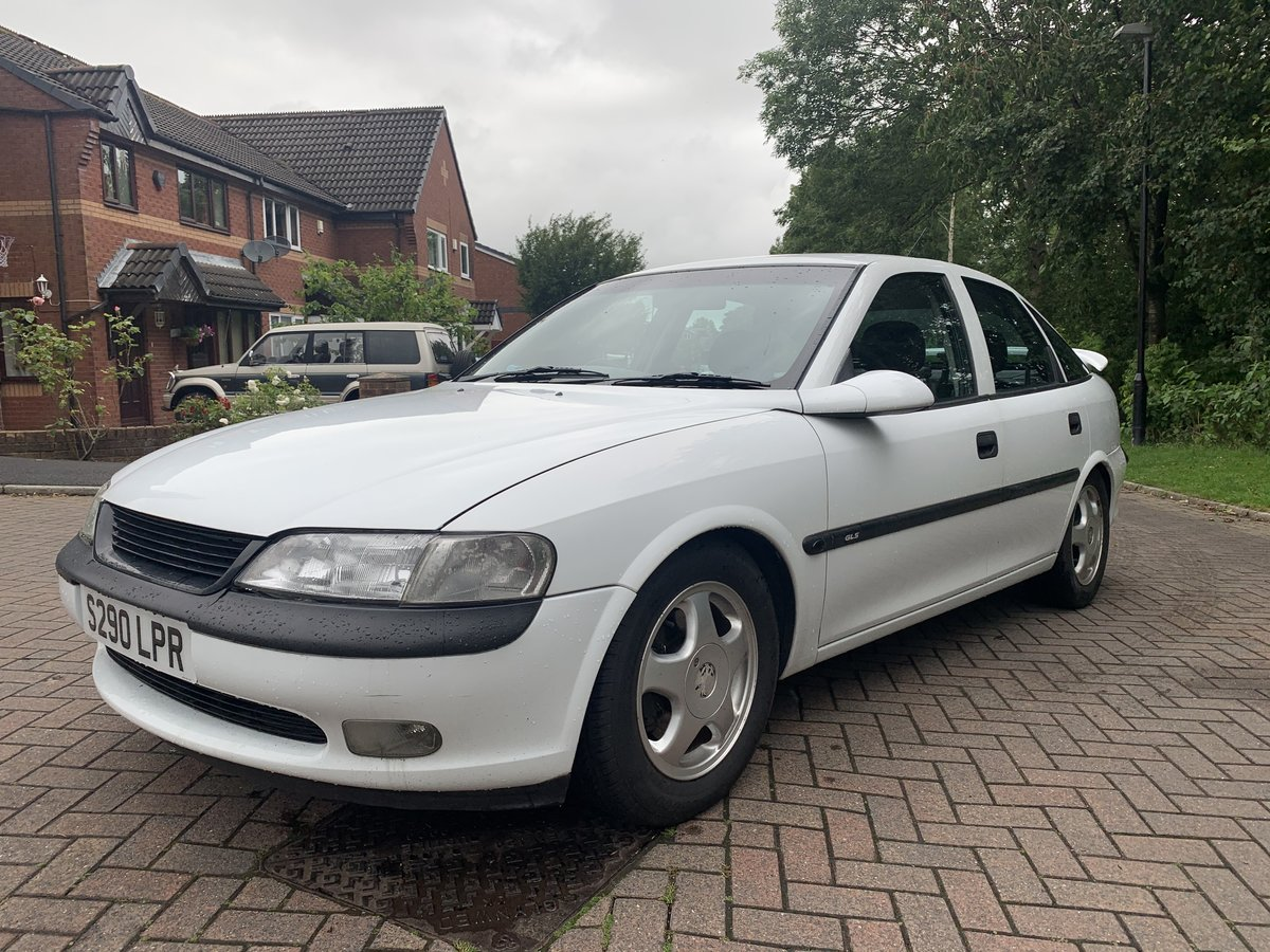 1998 Vauxhall vectra 2.0 3 keepers! For Sale (picture 2 of 6)