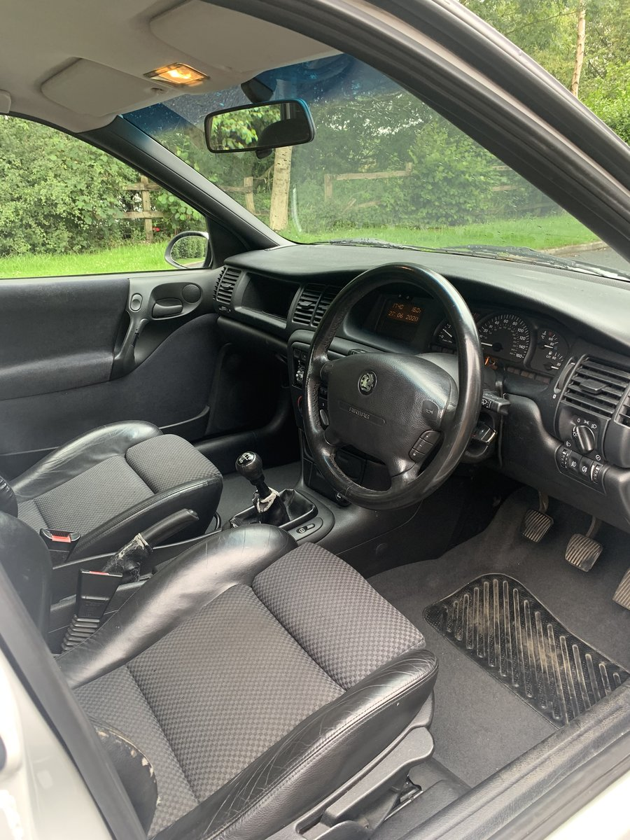 1998 Vauxhall vectra 2.0 3 keepers! For Sale (picture 3 of 6)