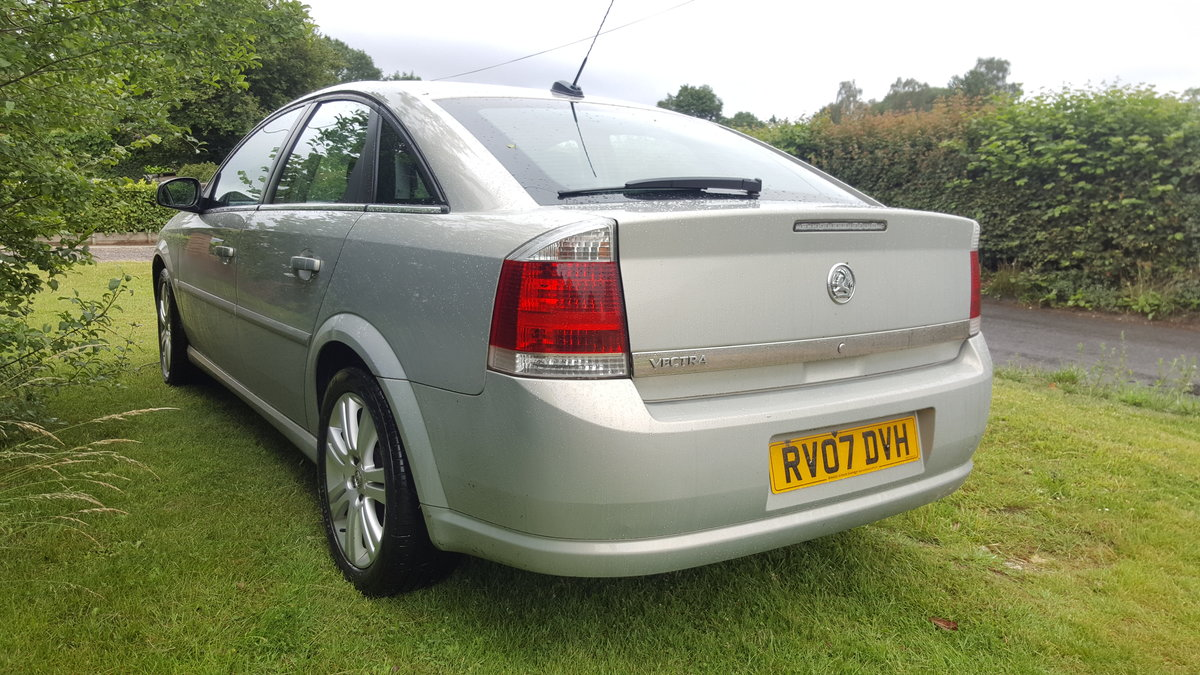 2007 Vectra Exclusive, technician owned, for sale For Sale (picture 5 of 5)