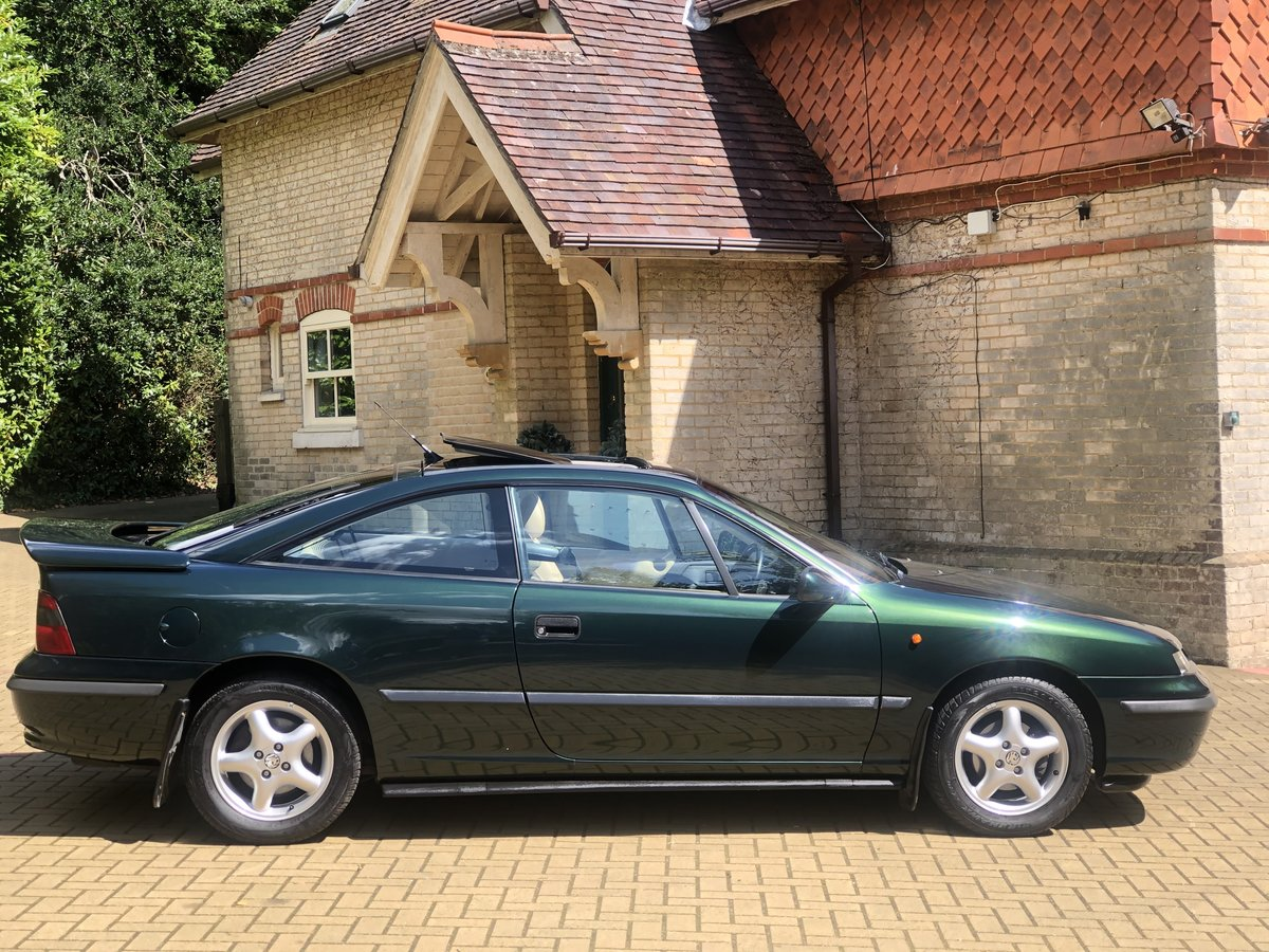 1995 Vauxhall  Calibra Full Main Dealer Service History For Sale (picture 1 of 6)
