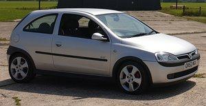 Vauxhall Corsa 1.8 SRI - COMPLETELY ORIGINAL