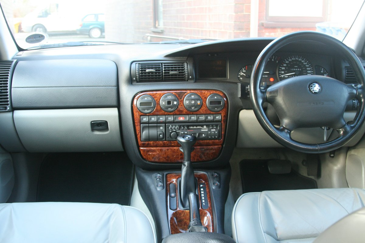 1996 Vauxhall Omega 3.0 Elite Concours Condition For Sale (picture 2 of 6)