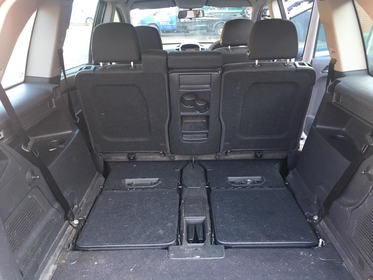 2007 Vauxhall Zafira Club 1.6 petrol 7 seater Manual Gearbox For Sale (picture 6 of 6)