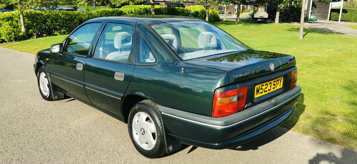 1995 Vauxhall cavalier 1.7 td only 52k miles For Sale (picture 2 of 6)