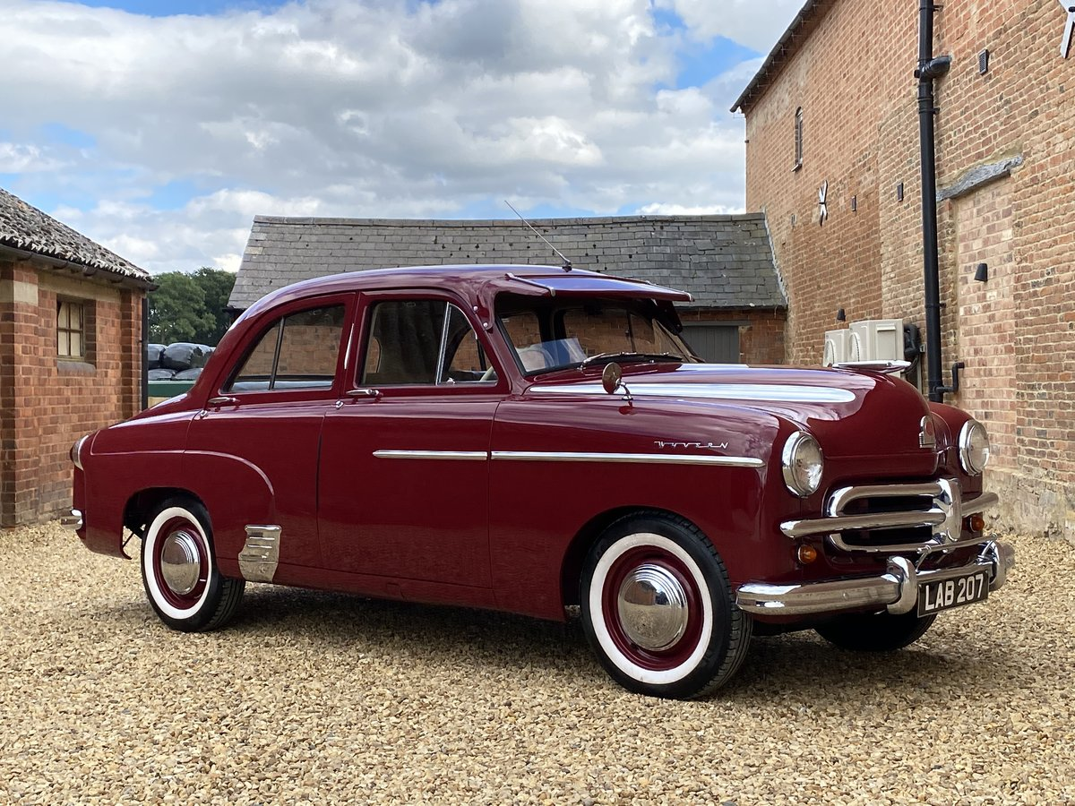 1952 Vauxhall Wyvern E Series. Stunning Car. SOLD (picture 1 of 6)