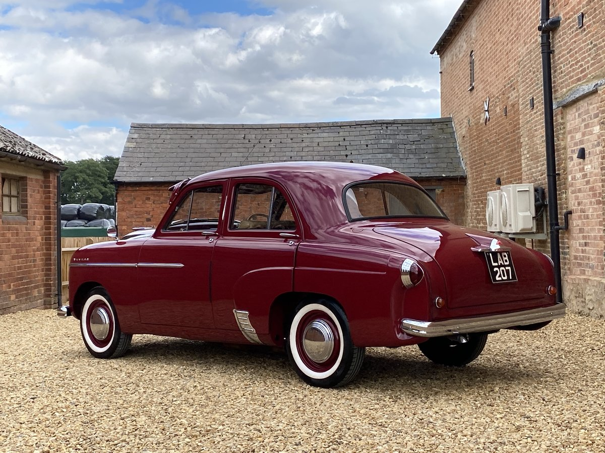 1952 Vauxhall Wyvern E Series. Stunning Car. SOLD (picture 2 of 6)