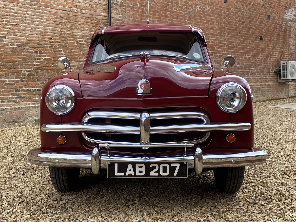1952 Vauxhall Wyvern E Series. Stunning Car. SOLD (picture 3 of 6)