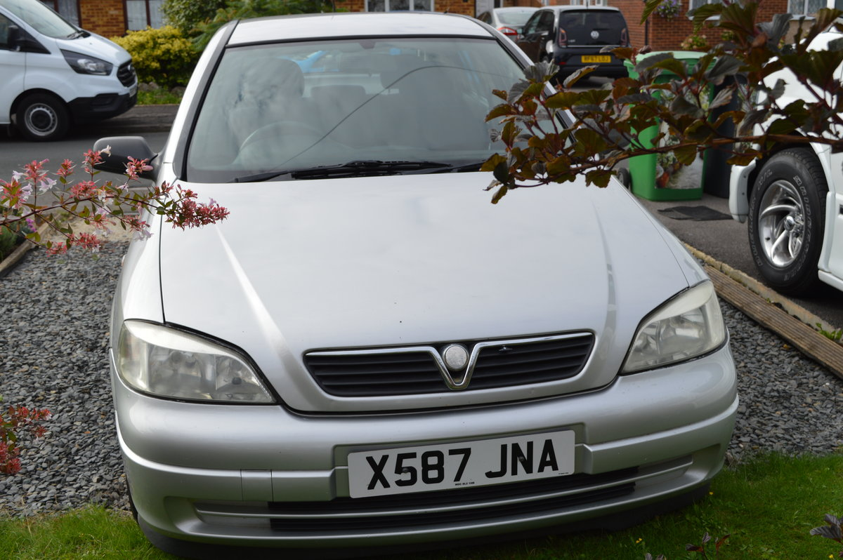 2001 vauxhall astra SOLD (picture 1 of 6)