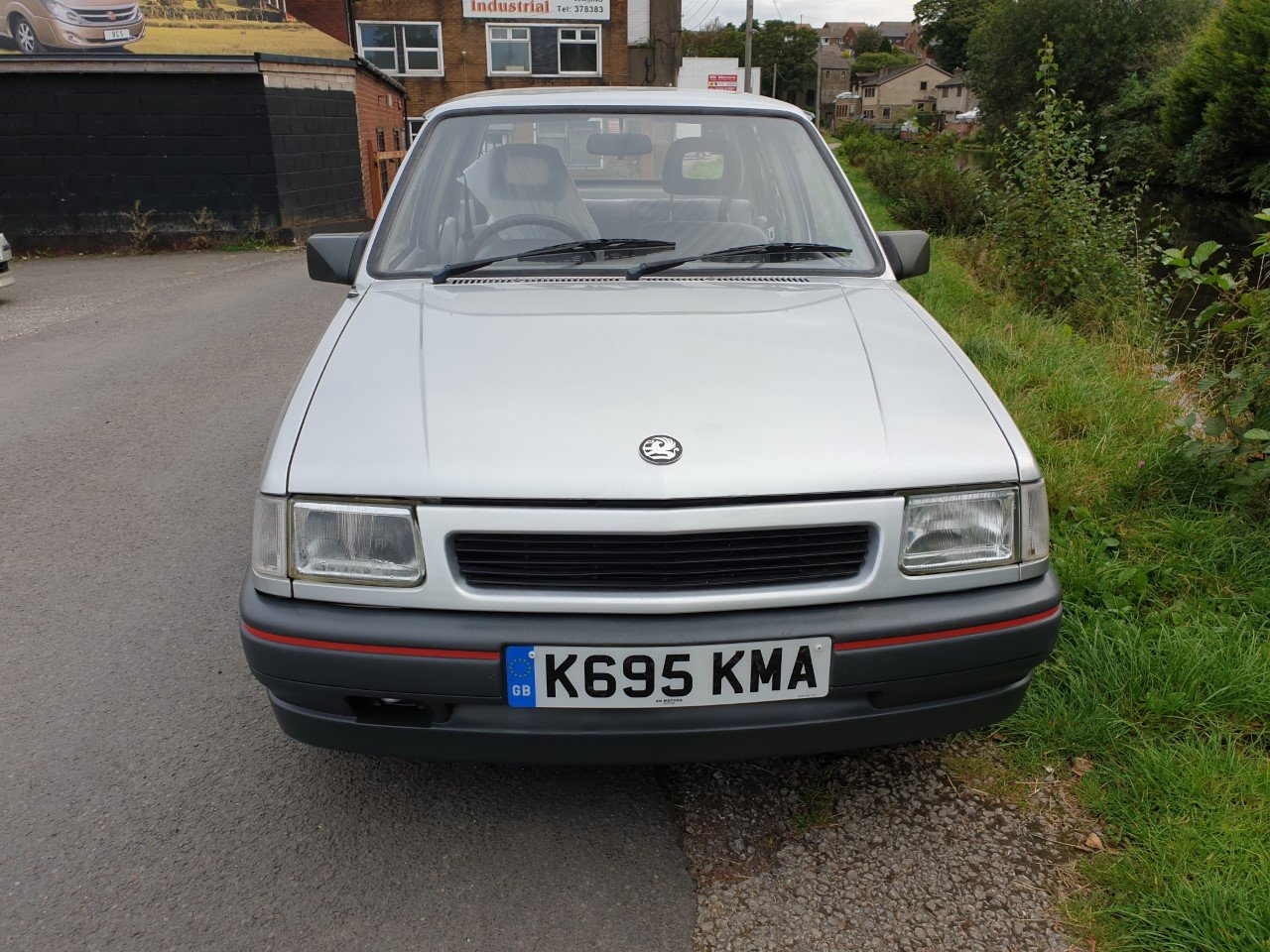 1992 Vauxhall Nova Saloon 4 door 1.2  low mileage  ** 45118 ** For Sale (picture 2 of 6)