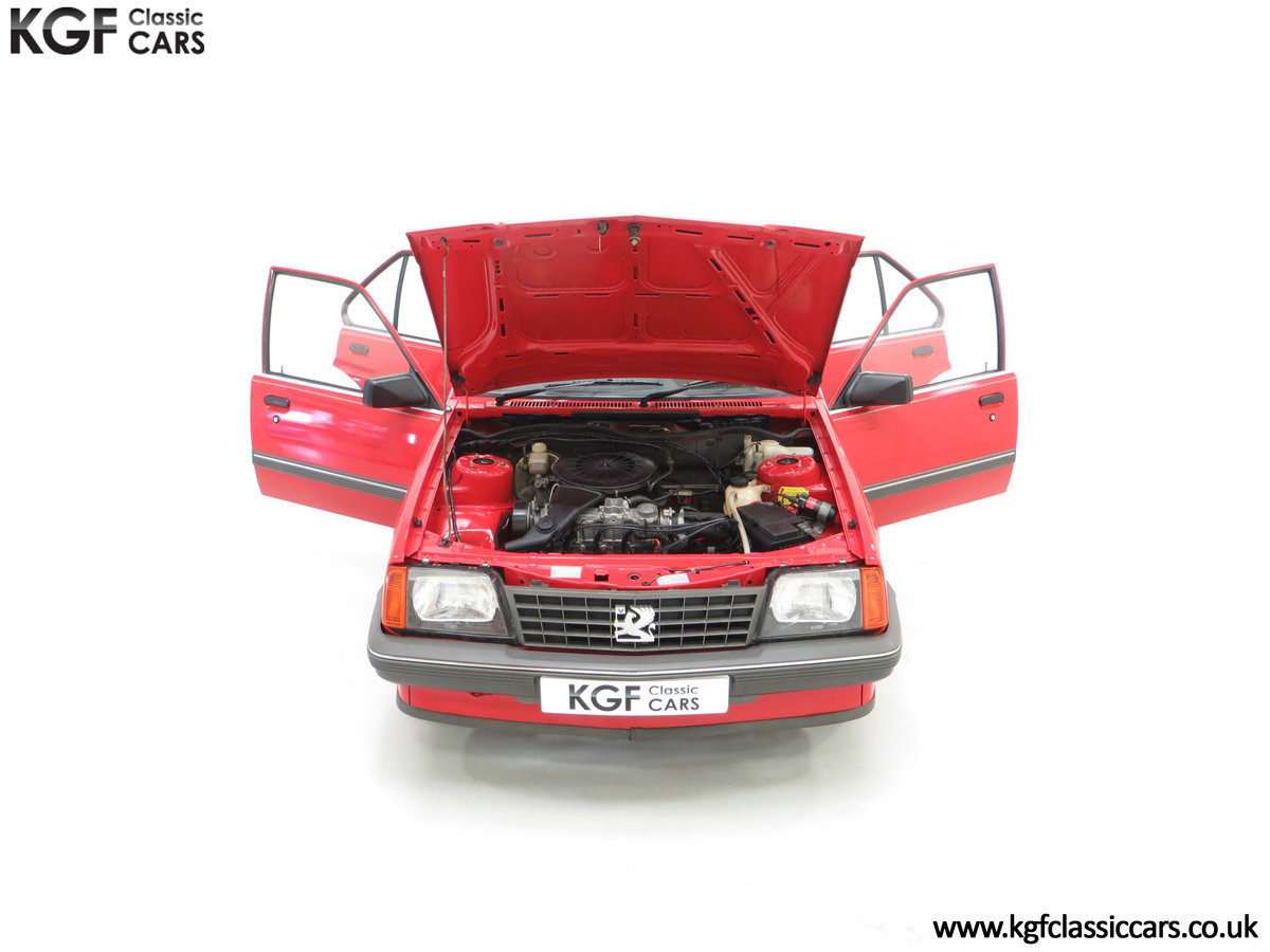 1985 A Factory Original Vauxhall Cavalier Mk2 L 1600 29,992 Miles SOLD (picture 4 of 24)