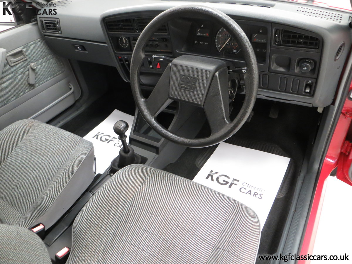 1985 A Factory Original Vauxhall Cavalier Mk2 L 1600 29,992 Miles SOLD (picture 18 of 24)