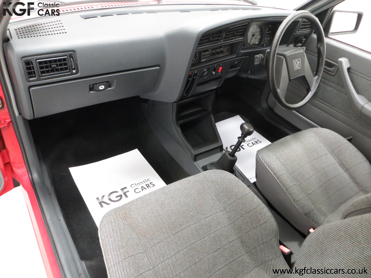 1985 A Factory Original Vauxhall Cavalier Mk2 L 1600 29,992 Miles SOLD (picture 19 of 24)