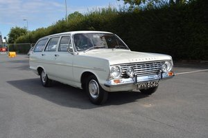 1966 Vauxhall Victor FC Deluxe 101 Estate