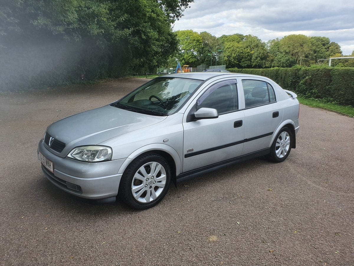Picture of 2002 Vauxhall Astra 1.8 SRI 16V 5 Door Hatchback For Sale