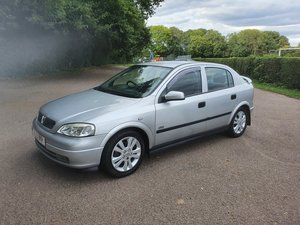 Picture of 2002 Vauxhall Astra 1.8 SRI 16V 5 Door Hatchback
