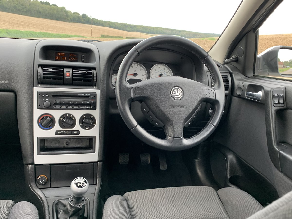 2003 Vauxhall Astra 1.8 SXi only 29,000miles For Sale (picture 3 of 6)