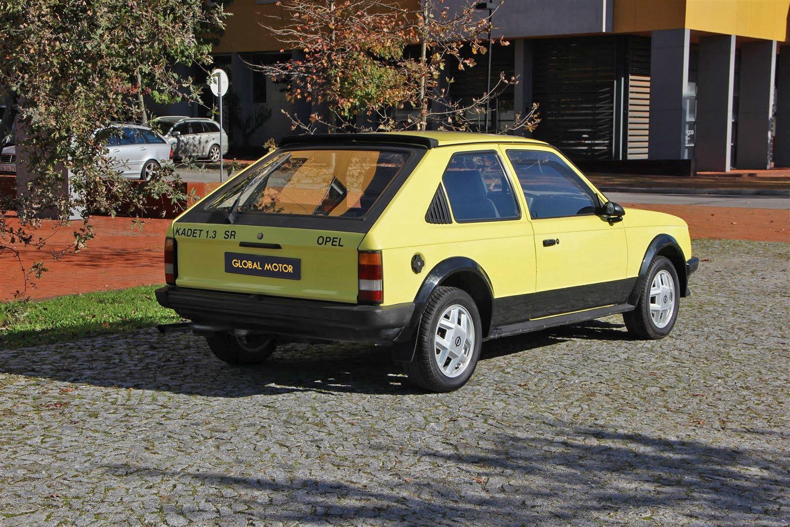 1981 Vauxhall Astra 1.3 SR | Opel Kadett 1.3 SR For Sale (picture 2 of 6)